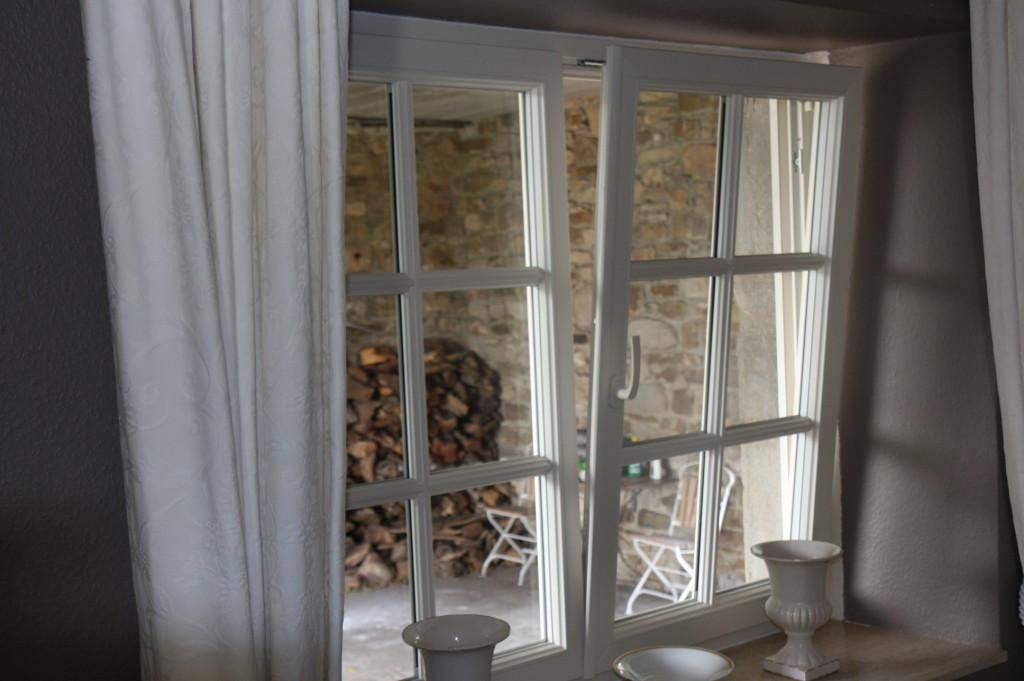 fenetre stunning fentres arque with fenetre la fentre en questions with fenetre elegant. Black Bedroom Furniture Sets. Home Design Ideas
